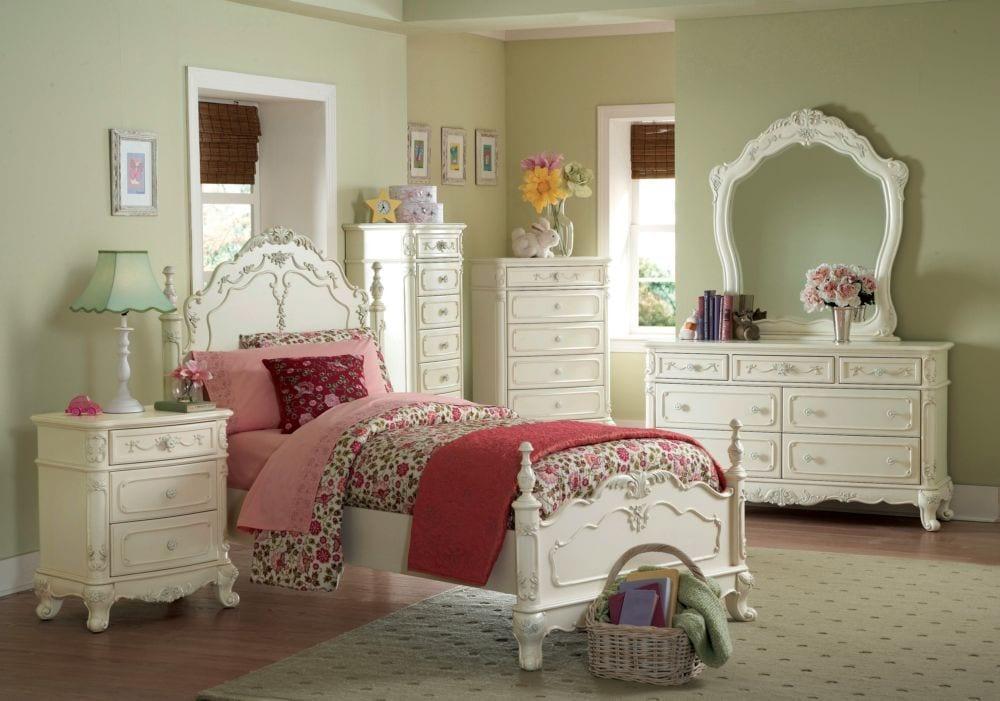 1386-1 Cinderella 4PC Cottage Ecru White Queen Poster Bedroom Set
